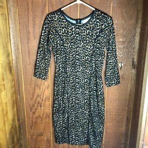 Dresses & Skirts - Quarter Sleeve Leopard Dress
